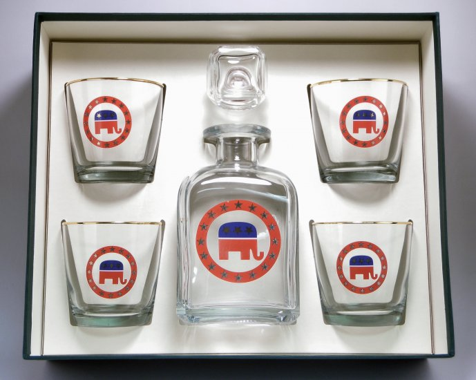 Republican, Decanter Set w/4 Tapered Old Fashioned, gift Boxed - Click Image to Close